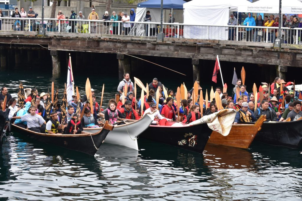 Canoes at Salmon Homecoming 2018
